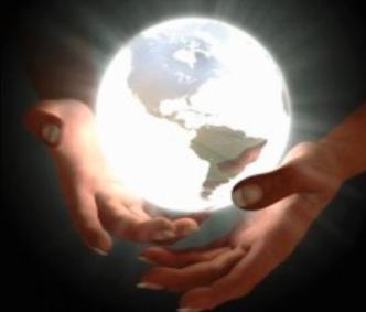 Monde_dans_la_main